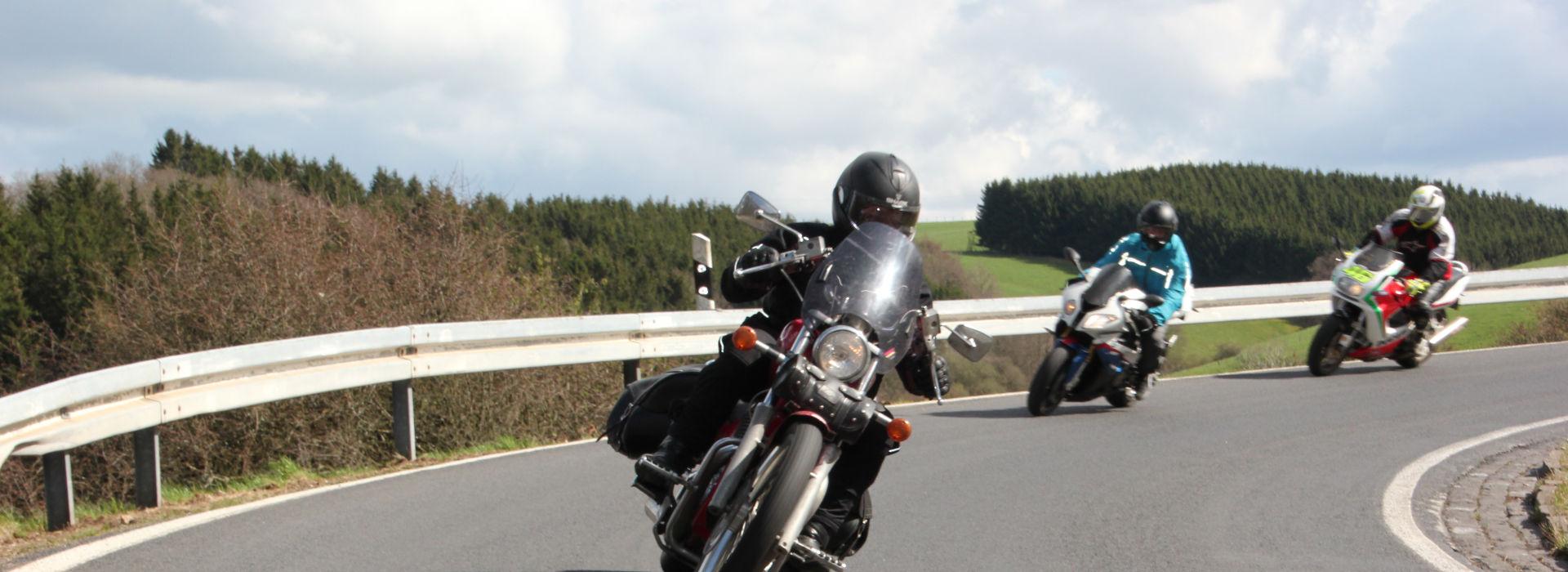 Motorrijschool Motorrijbewijspoint Middenbeemster motorrijlessen