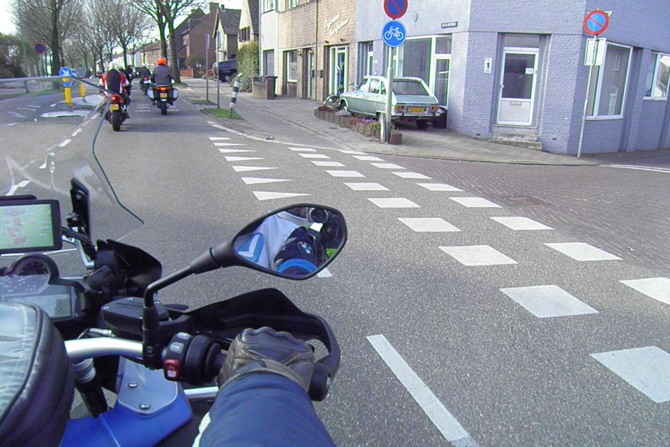 Motorrijbewijspoint Zaandam theorie cursus online
